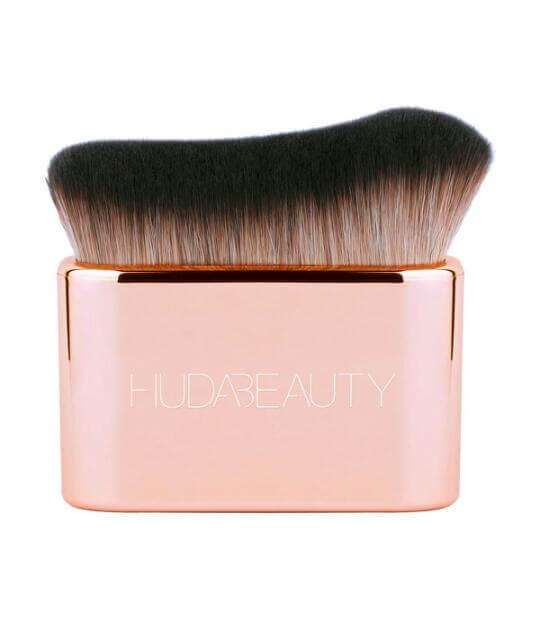 Huda Beauty Body | Blur & Glow Body Brush