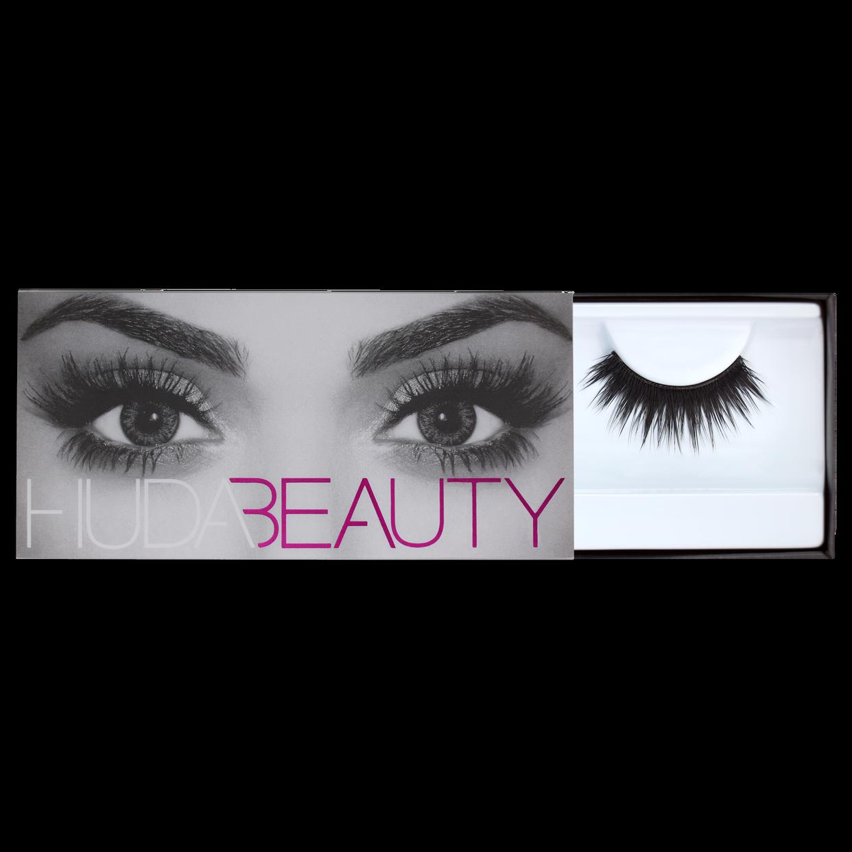 Huda Beauty Classic Lash - Carmen #9