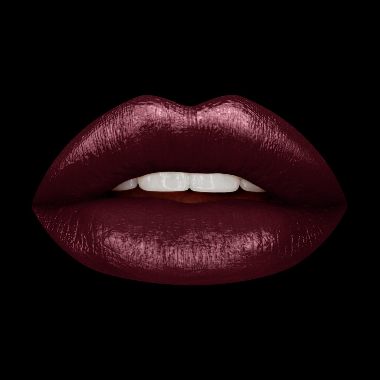 Huda Beauty Demi Matte Cream Lipstick - Bawse